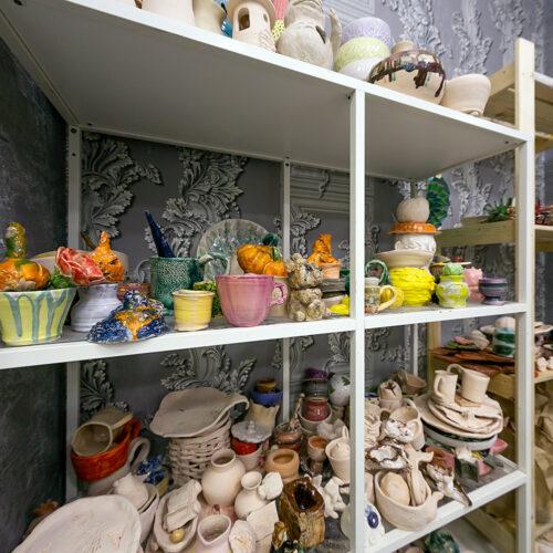 Много керамики для примера